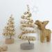 Basteln mit Holzperlen, verdrehter Baum