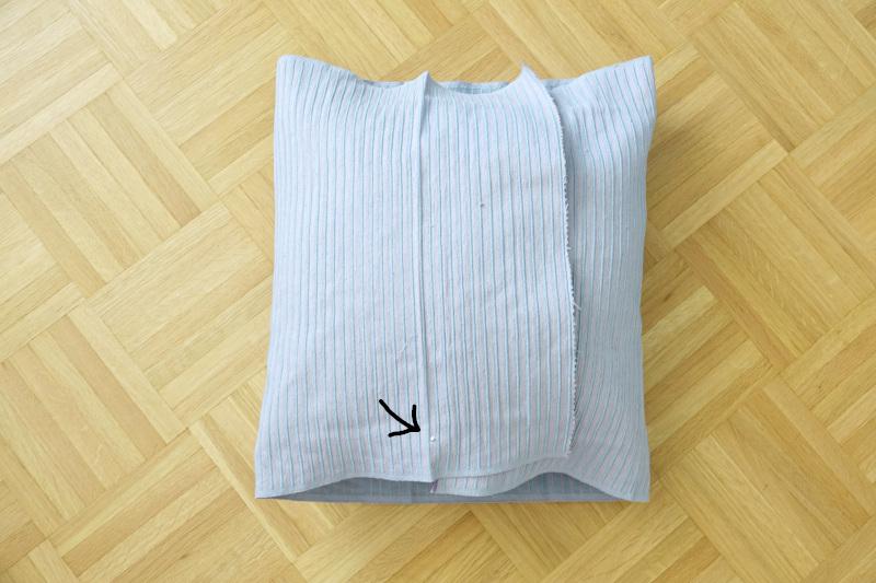 Kissenhülle nähen einfach aus einem tischläufer nähen, markierung festmachen