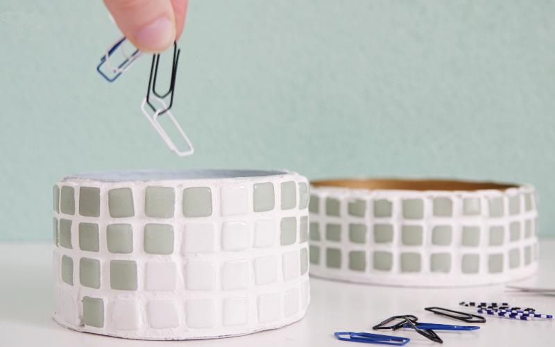 Utensilio selber machen, mit Mosaik verzieren