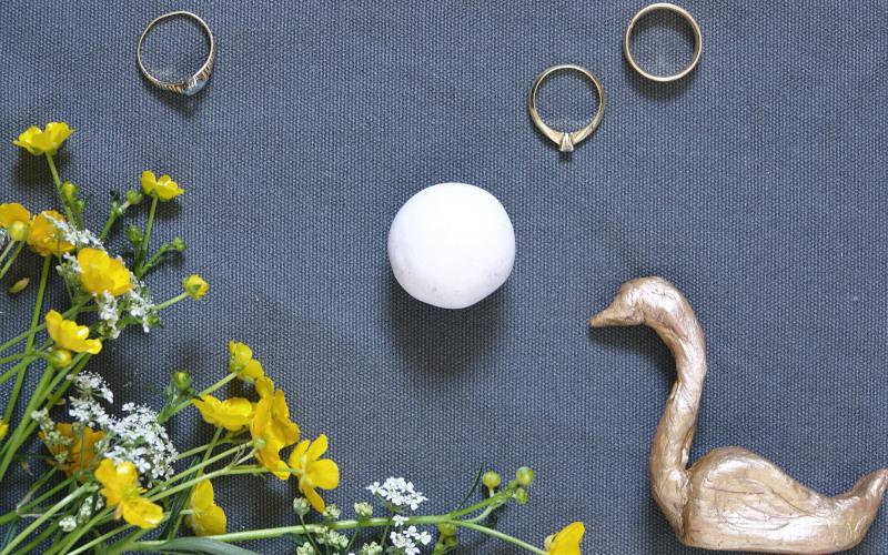 Kugel aus Fimo drehen / Ringhalter selbermachen