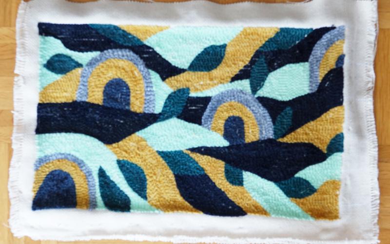 Punch Needle Werk fixieren mit Textilkleber