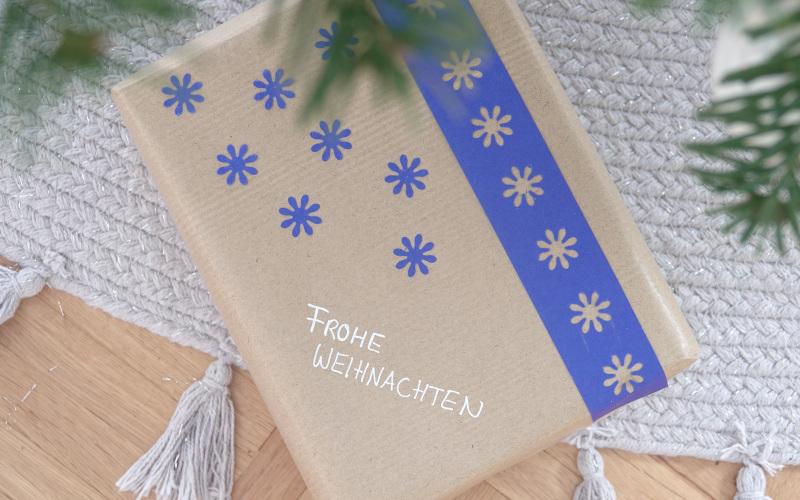 Upcycling: Mach dir dein Geschenkpapier selber